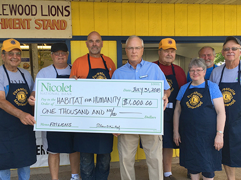 Forestville-Maplewood-Lions-donation.jpg